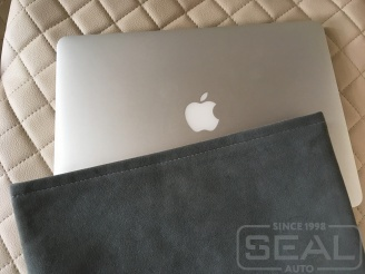Чехол из алькантары для MacBook Air 13